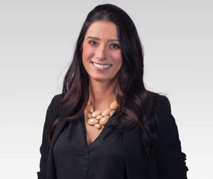 Pamela Lindsay | Mergers & Acquisitions Lawyer