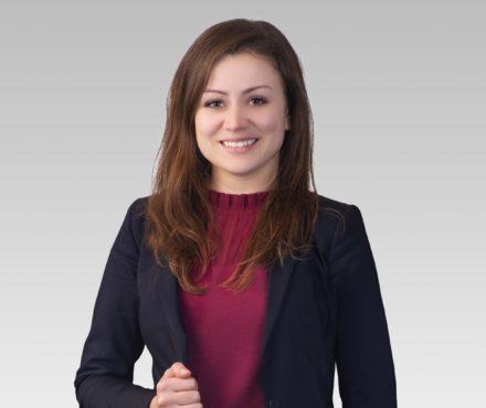 Julie Gaydar | Dispute Resolution Lawyer | Vancouver LK Law