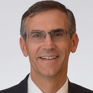 Brad Martyniuk - Lindsay Kenney LLP - Vancouver Lawyer - 300x300