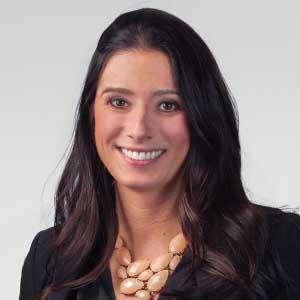 Pamela Lindsay - Lindsay Kenney LLP - Vancouver Lawyer - 300x300